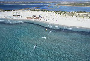 kitesurf holiday sardinia kite school